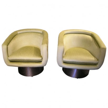 Green Pace swivel chairs