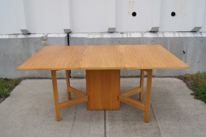 Machine Age New England S Largest Selection Of Mid 20th Century Modern Furniture Gateleg Dining Table By George Nelson For Herman Miller