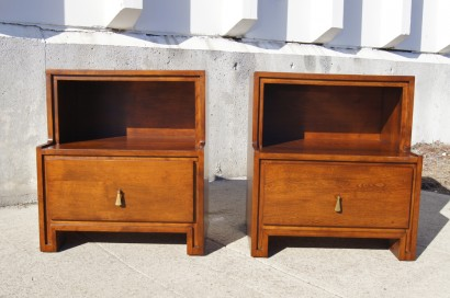 [SOLD] Pair Of Nightstands By Russel Wright For Conant Ball