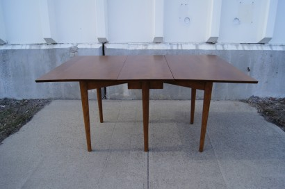 Machine Age U2013 New Englandu0027s Largest Selection Of Mid 20th Century Modern  Furniture | Drop Leaf Dining Table With Four Chairs By Leslie Diamond For  Conant ...