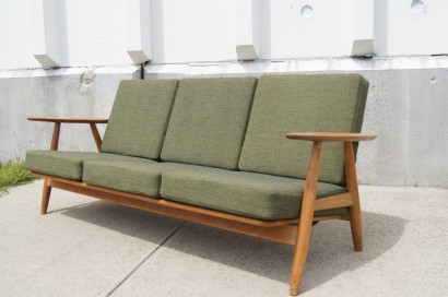 [SOLD] GE 140 Sofa By Hans Wegner For Getama
